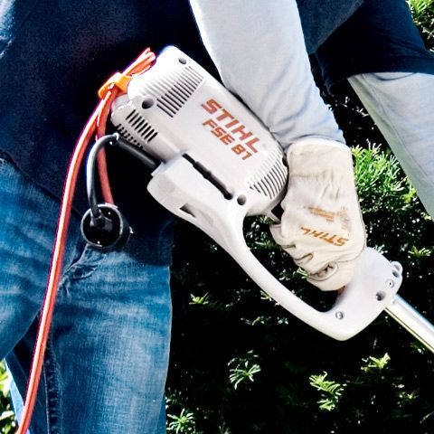 Приспособление для разгрузки сетевого кабеля от натяжения